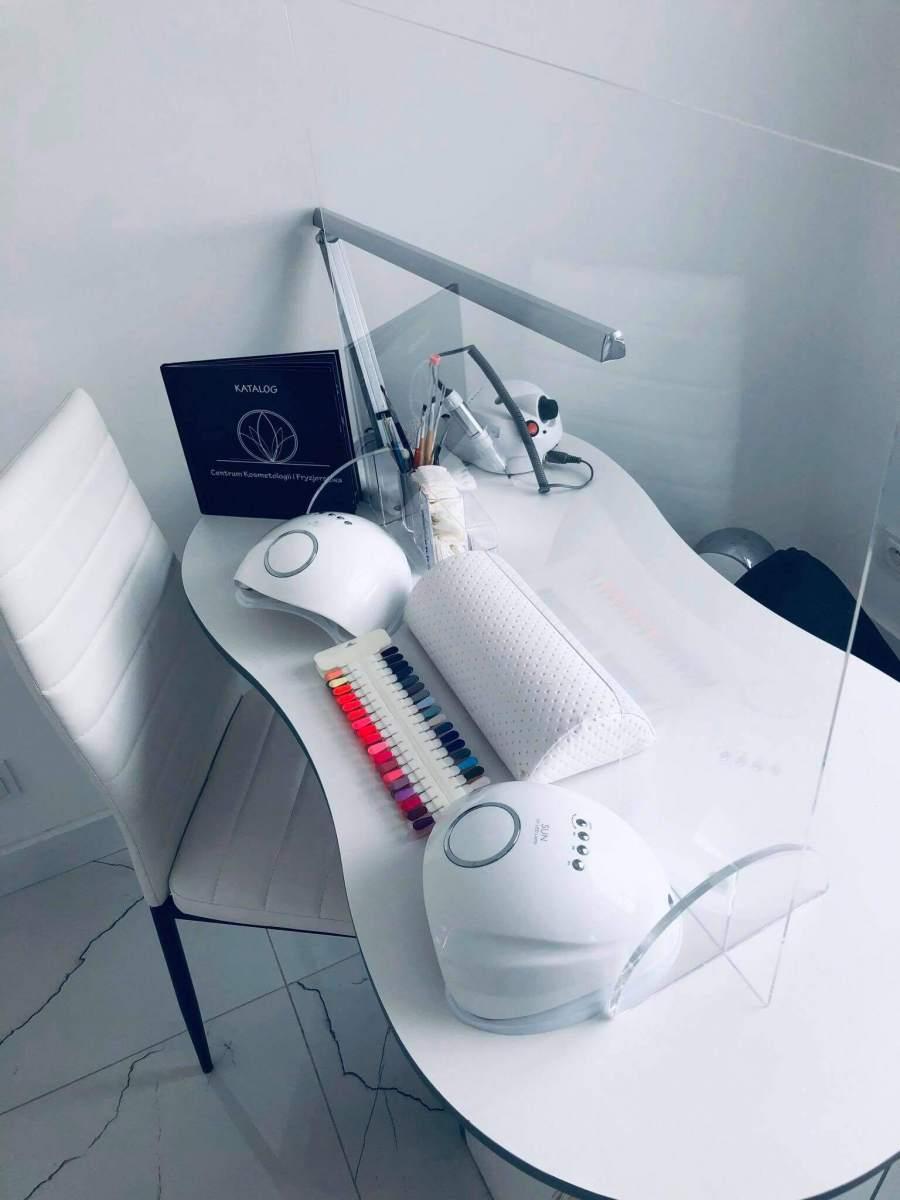 Centrum-Kosmetologii-i-Fryzjerstwa-7